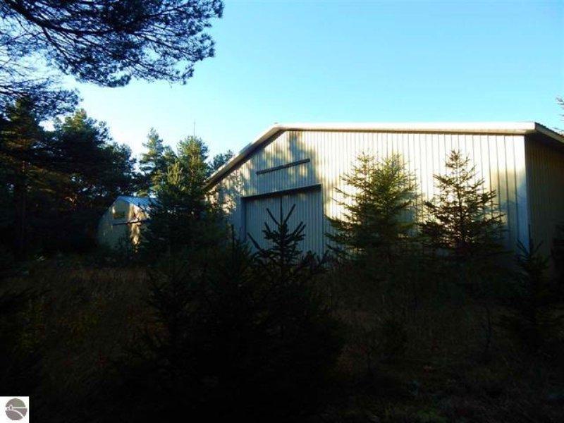 85 Acres With Boat Storage Facility : Manton : Missaukee County : Michigan