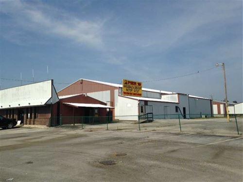Pier 19 Warehouse : Cave City : Barren County : Kentucky