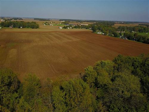 30 Acres of Prime Development in : Sheridan : Hamilton County : Indiana