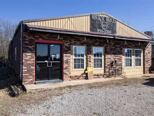 Commercial Property For Sale in Do : Doniphan : Ripley County : Missouri