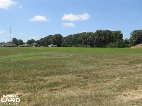 Commercial Land in Grenada, MS : Grenada : Mississippi