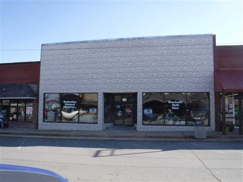 Large Commercial Retail Space, Hi : Hinton : Caddo County : Oklahoma