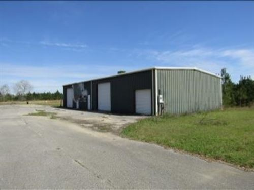 18 Acres With A Commercial Building : Gulfport : Harrison County : Mississippi