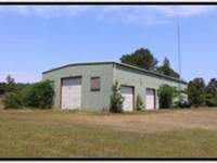 3 Acres With A Commercial Building : Kosciusko : Attala County : Mississippi