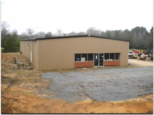 Commercial Building In Neshoba Coun : Philadelphia : Neshoba County : Mississippi