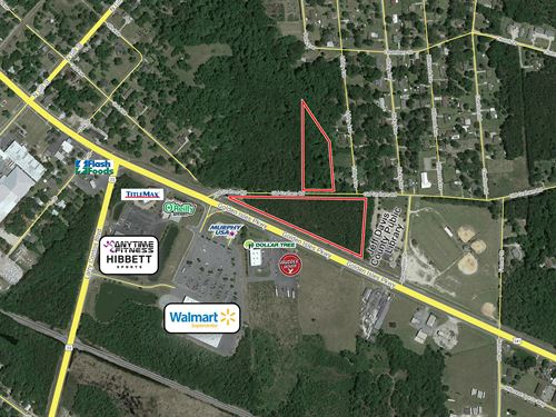 9.53 Acres - Great Visibility : Hazlehurst : Jeff Davis County : Georgia