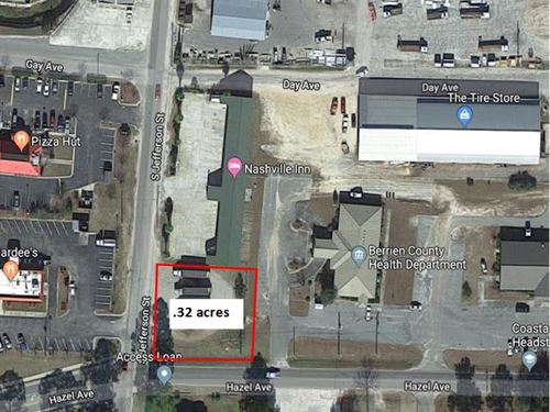 Prime Commercial Corner Lot : Nashville : Berrien County : Georgia