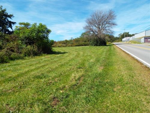 Mostly Level Commercial Lot : Bluefield : Tazewell County : Virginia