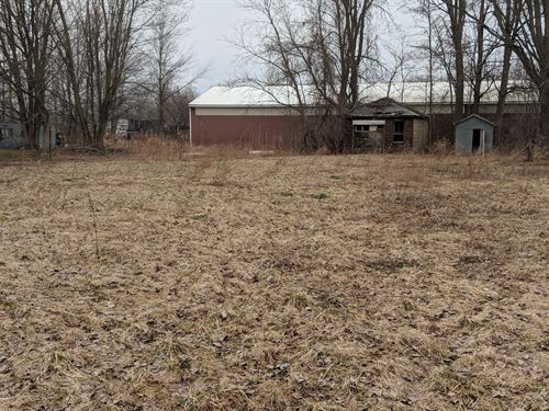 Multi-Zoned Lot In Clay : Clay : Onondaga County : New York
