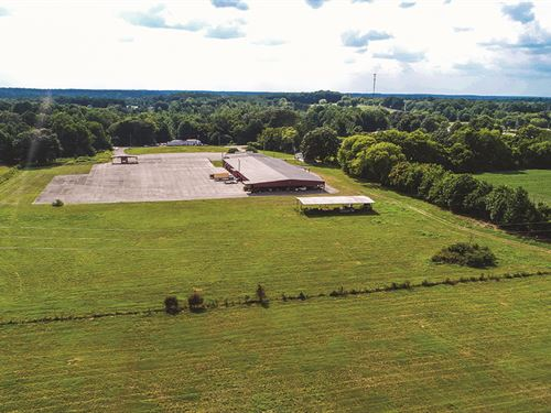 Commercial Buildings With Land : Rogersville : Lauderdale County : Alabama