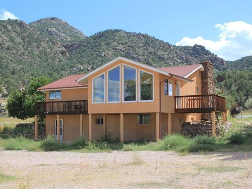 Arkansas River Front Home : Cotopaxi : Fremont County : Colorado