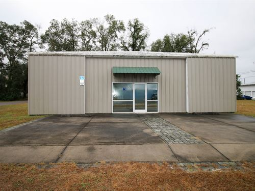 Commercial Office Building, Trenton : Trenton : Gilchrist County : Florida