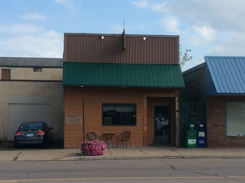 Cafe, Established Dining Business : Sandstone : Pine County : Minnesota