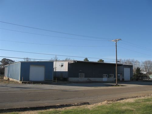 Great Commercial Property : Fredericktown : Madison County : Missouri