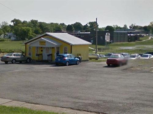 Downtown Retail Location-Mountain : Mountain Grove : Wright County : Missouri