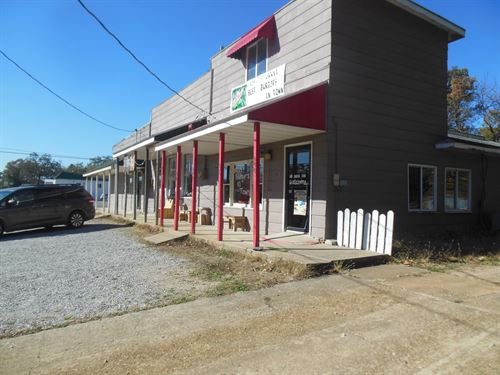 Commercial Building Established : Mountain View : Howell County : Missouri