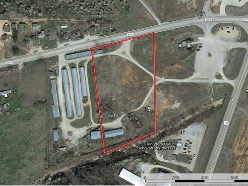Prime Commercial West Plains Retail : West Plains : Howell County : Missouri