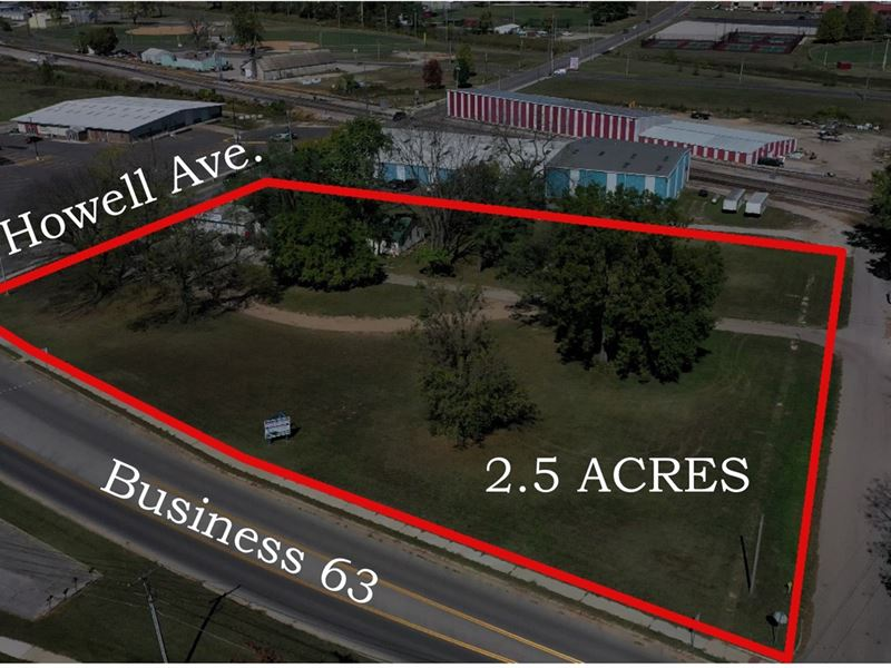 Missouri Ozarks Commercial Property : West Plains : Howell County : Missouri