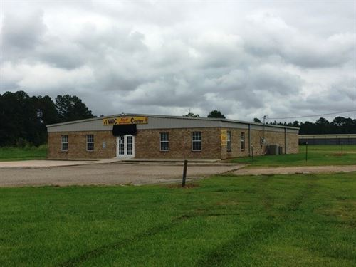 Commercial Building, 7220 Hwy 45 : Columbus : Lowndes County : Mississippi