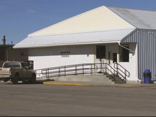 Turn Key Central Montana Grocery : Denton : Fergus County : Montana