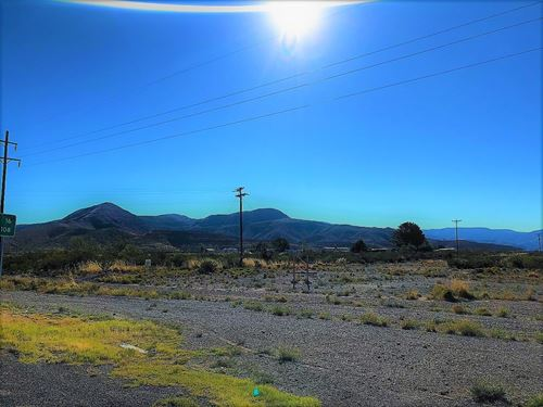Commercial Property Corner Hwy 82 : Alamogordo : Otero County : New Mexico