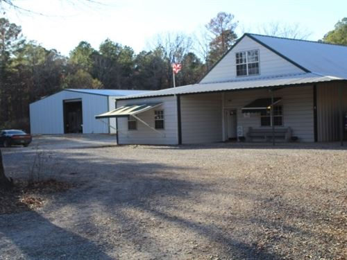 Two Buildings / Commercial Property : De Kalb : Bowie County : Texas