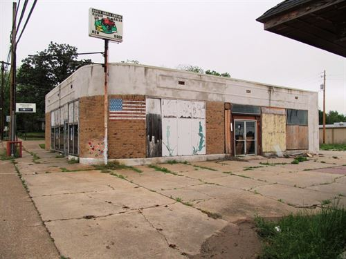 Commercial Building Downtown : Winnsboro : Wood County : Texas
