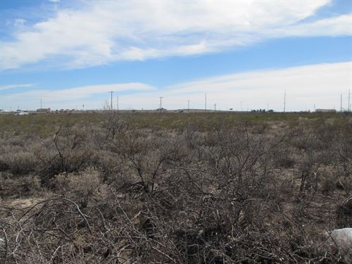 10 Acres Land, Highway 285 : Fort Stockton : Pecos County : Texas