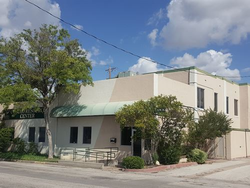Commercial Building San Angelo : San Angelo : Tom Green County : Texas