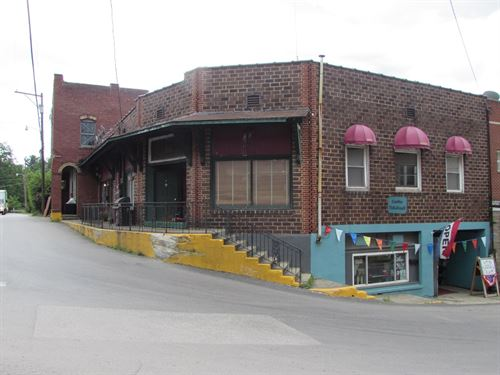 Perfect Commercial Location : Pennsboro : Ritchie County : West Virginia