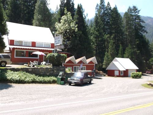 Commercial Property Northern : Seiad Valley : Siskiyou County : California