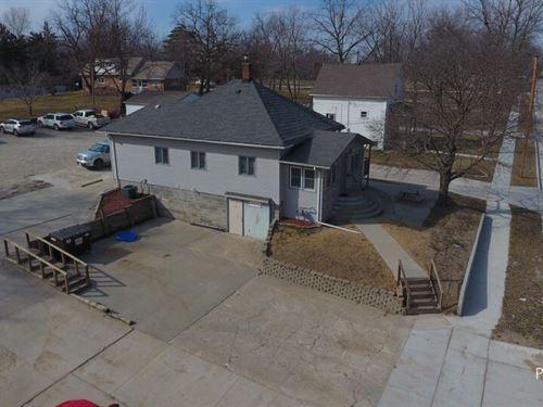 Osceola Iowa Commercial Building : Osceola : Clarke County : Iowa