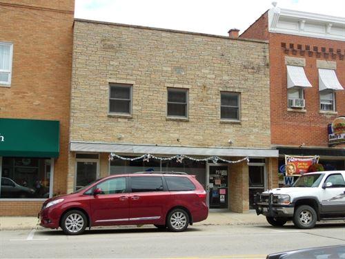 Commercial Building, Highway 20 : Elizabeth : Jo Daviess County : Illinois