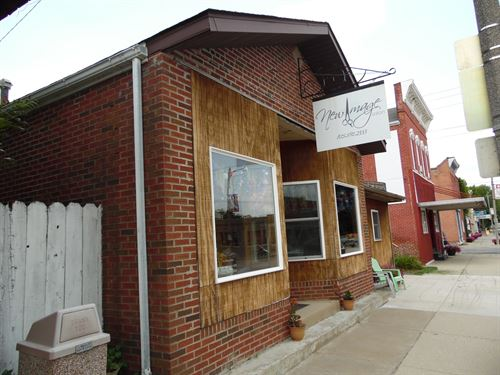 Commercial Building in Hanover, IL : Hanover : Jo Daviess County : Illinois