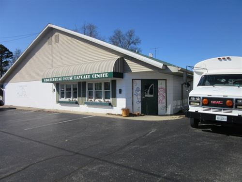 Commercial Buildings in Robinson : Robinson : Crawford County : Illinois