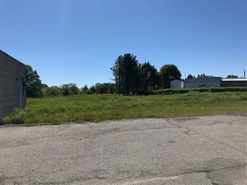 Maine Commerical Property in Lubec : Lubec : Washington County : Maine