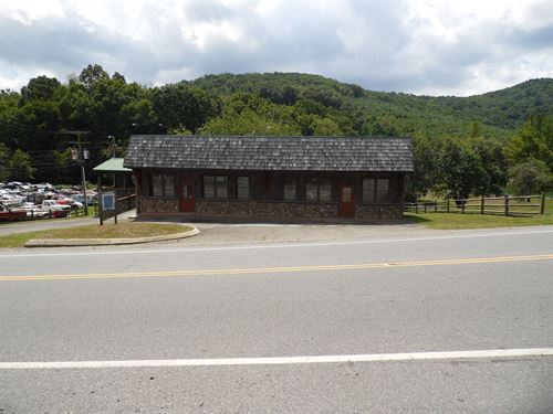 Business/Office Building Located : Sparta : Alleghany County : North Carolina