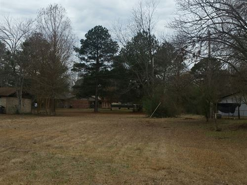 Commercial Lot / Investment : Idabel : McCurtain County : Oklahoma