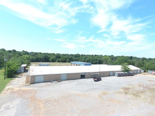 Oil Field Yard, Commercial Property : Wilburton : Latimer County : Oklahoma