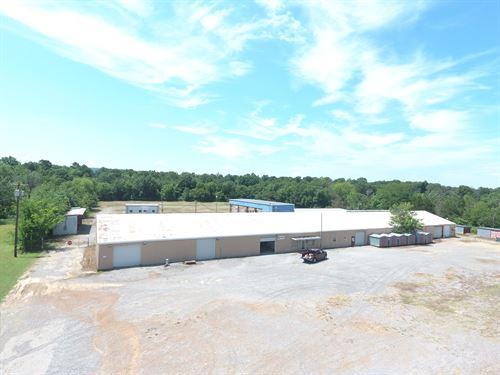 Oil Field Yard, Commercial Property : Wilburton : Latimer County : Oklahoma