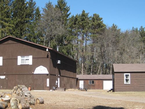 Commercial Barn Business : Waupaca : Wisconsin
