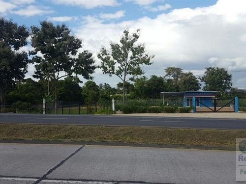 For Rent Interamerica Highway : Rio Hato : Panama