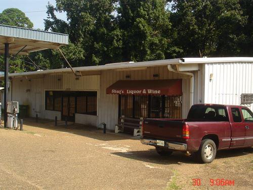 Convenience Store & Liquor : Louisville : Winston County : Mississippi