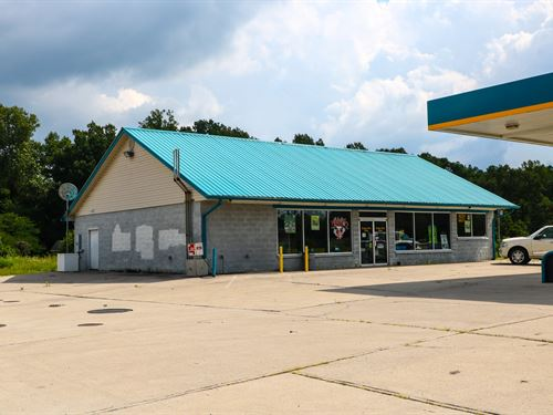 Gas Station / Conv, Store : Stearns : McCreary County : Kentucky