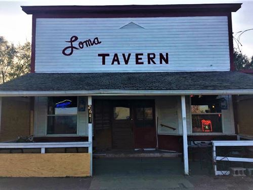 Historic Nebraska Small Town Bar : Loma : Butler County : Nebraska
