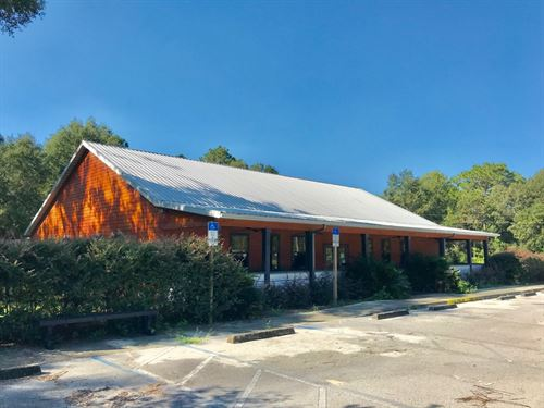Commercial Building, Restaurant : Chiefland : Levy County : Florida