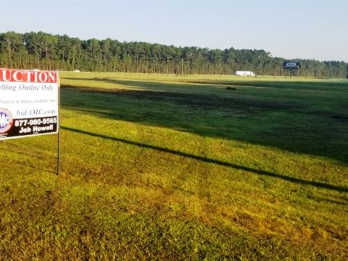 13 Acre Graded Site On I-95 : Townsend : McIntosh County : Georgia