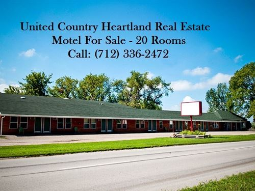 Iowa Motel For Sale, 19124 : Spirit Lake : Dickinson County : Iowa