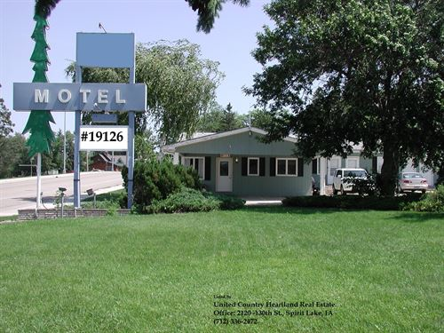 South Dakota Motel For Sale : Spirit Lake : Dickinson County : Iowa