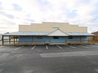 Large Commercial Space Available : Warner Robins : Houston County : Georgia